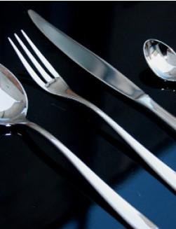 Alessi Caccia bestick 12 personer (48 delar + 8 serveringsdelar)